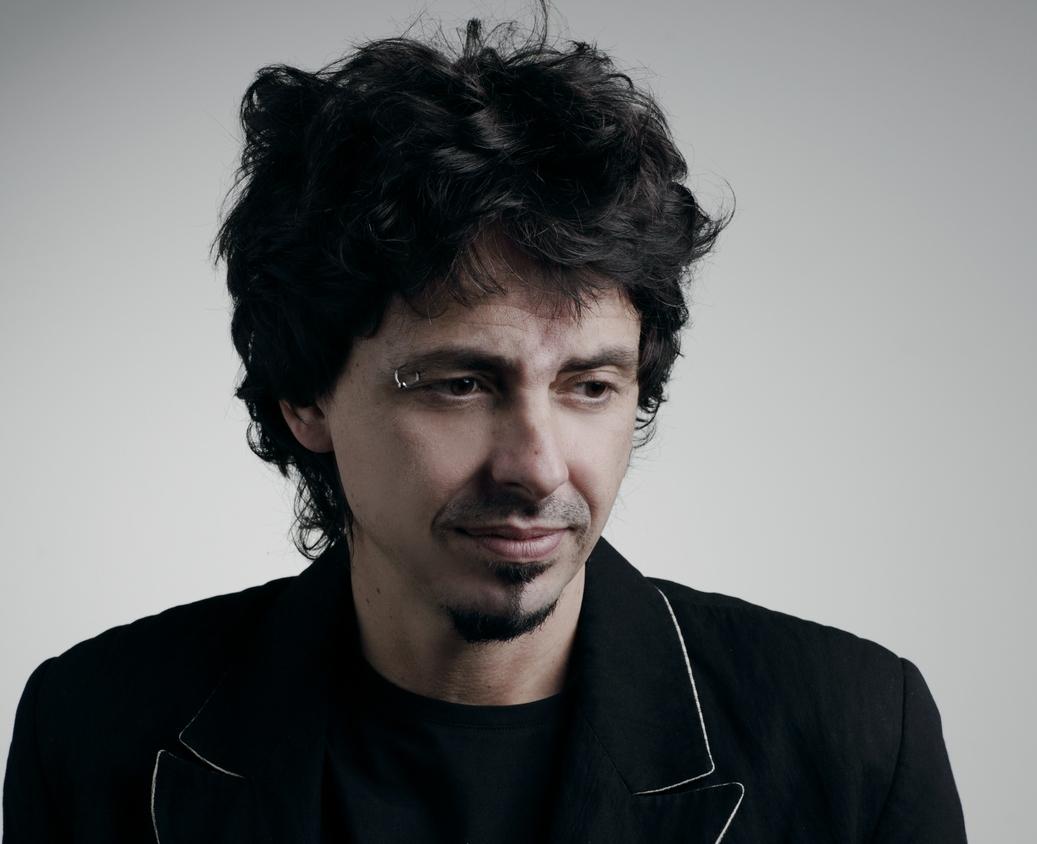 """ACfans.it intervista Riccardo Sinigallia, autore per Mina e Celentano di """"Amami Amami"""""""