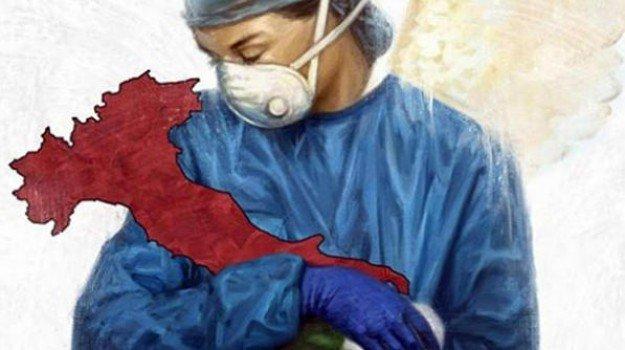 Coronavirus: la dottoressa culla l'Italia